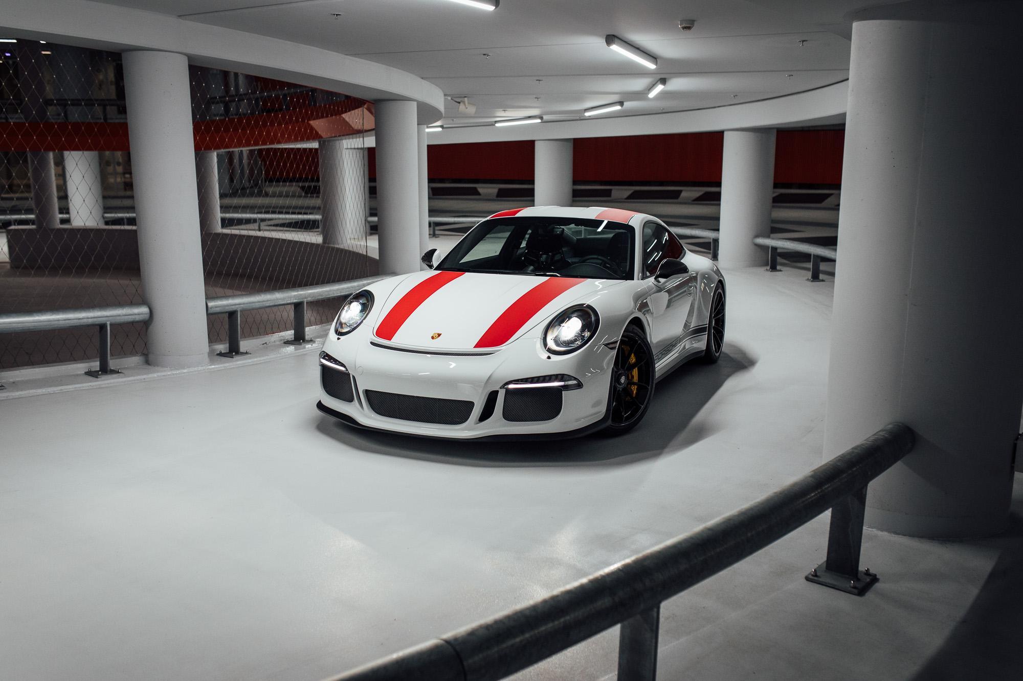 Porsche 911 R (delivery mileage)